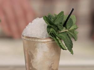 How Not to Screw up a Mint Julep
