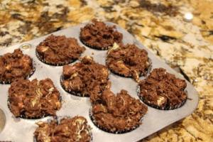 Double Dutch Nut Clusters
