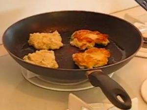 Betty's Simple and Savory Potato Cakes