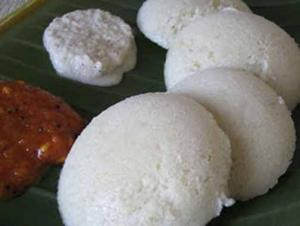 Homemade Soft and Spongy Idli