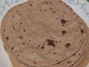 Hot and Puffy Flat Bread - Phulka or Pulka Roti Rotli