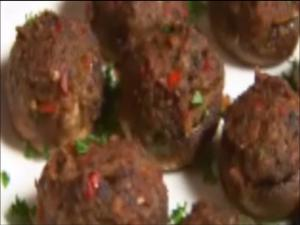 Hippy Gourmet makes Vegan Stuffed Mushrooms