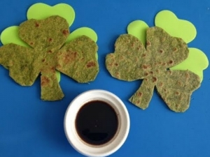 How to Make Shamrock Flatbread