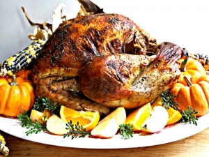 Easy & Juicy Whole Roasted Turkey