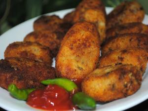 Chicken Cutlet/Vegetable Cutlets/ Fish Cutlets