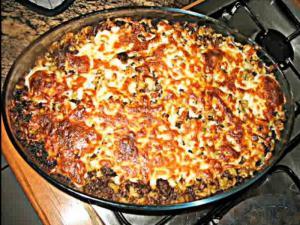 Macaroni and meat sauce - معكرونه مع صوص البندوره و اللحمه