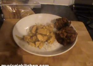 Chicken Korma Bhajis and Naan