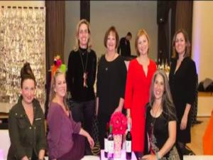 Club Wine Sisterhood At Around The World