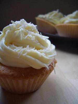 Lemon Buttercream Frosting
