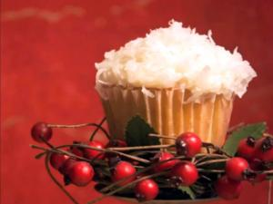 Coconut Snowball Cupcakes: Cupcake Show #14