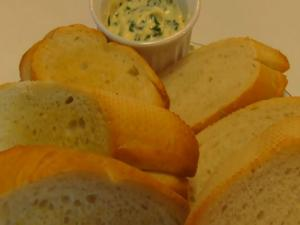 Betty's Easy Cheesy Crostini