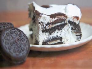 Isaac Makes Easy Oreo Ice Box Cake ~ Kid Approved
