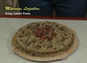 Turkish Kolay Çilekli Pasta