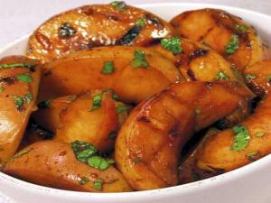 Spicy Balsamic Grilled Peaches
