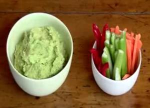 Detox: Avocado & Pea Hummus