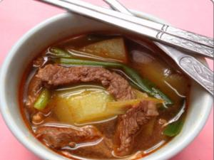 How to Make Korean Radish & Beef Soup Muguk