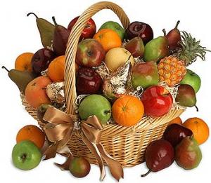 Kosher fruit baskets are the safest Hanukkah food gifts