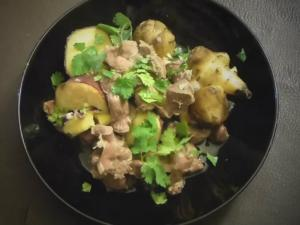 Bizarre Foods - Chicken Gizzards With Jerusalem Artichoke And Sweet Potatoes