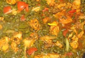 Chicken and String Beans with Cooked White Rice