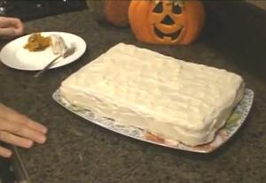 Pumpkin Cake with Cream Cheese Icing Part 2 - Baking the Cake and Decorating with Icing