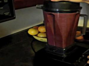 Easy Raw Winter Smoothie