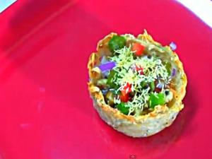 Aloo Tokri Chaat - Stuffed Potato Baskets - Part 2