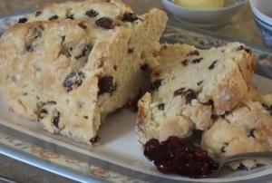 Dainty Damper with Sultanas