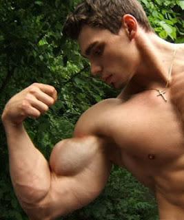 Top 10 body building foods for men