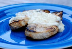 Braised Pork Chops with Cream Gravy
