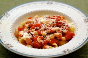 Tuscan Beans with Sage and Tomatoes