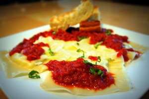 Cheese Ravioli with Marinara Sauce and Garlic Bread