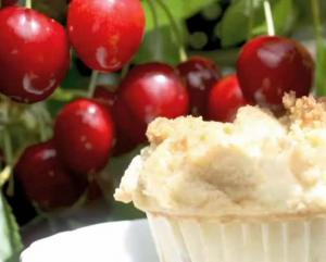 Cherry Muffin with Crumb Topping