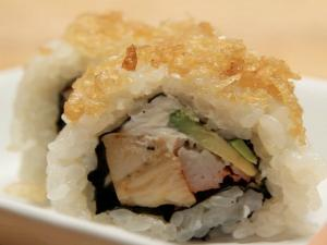 How to Make Sushi - Crunchy Teriyaki Rolls