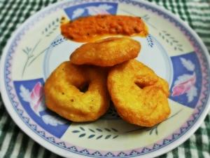 South Indian Breakfast - Medu Vada
