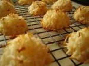 HOME MADE COCONUT MACAROONS