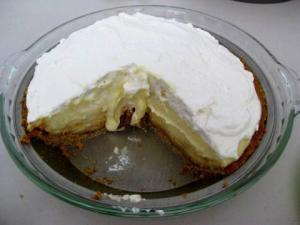 Classic Eggnog Pie