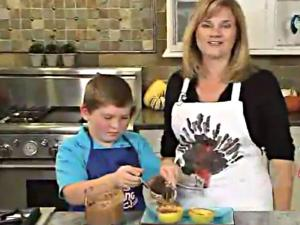 Homemade Applesauce - Quick & Easy Side Dish