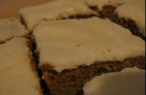 Cake Mix and Pudding Mix Carrot Cake with Raisins
