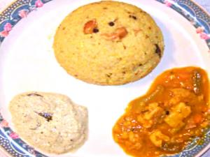 Ven Pongal/ Spicy Rice Pongal