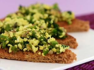 Spicy Paneer on Toast (Diabetic Snack) by Tarla Dalal