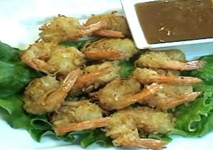 Fried Coconut Shrimp With Peanut Butter Sauce
