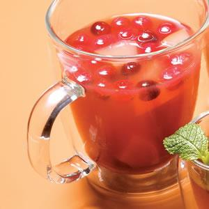 One of the healthy winter drink recipes is the Sleigh Driver