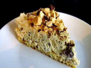 Violet Crumble Cheesecake