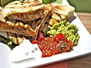 Smoked Chicken Cheese Quesadilla-CiNcO De MaYo Baby