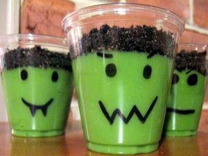 Fun Halloween Snacks and Crafts
