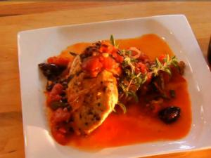 Mediterranean Chicken paired with Gabbiano Chianti