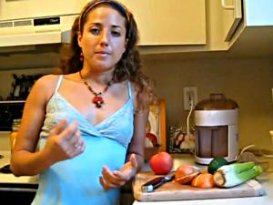 Detox Weight Loss Diet: Organic Juicing for Alkalinity