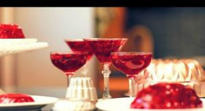 How-Tuesday: Raspberry Jello Cosmo