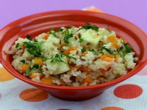 Bulgur Wheat and Paneer Pulao (Baby food 10 months and above) by Tarla Dalal