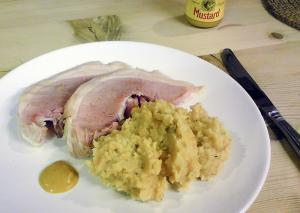 Boiled Pork With Pease Pudding